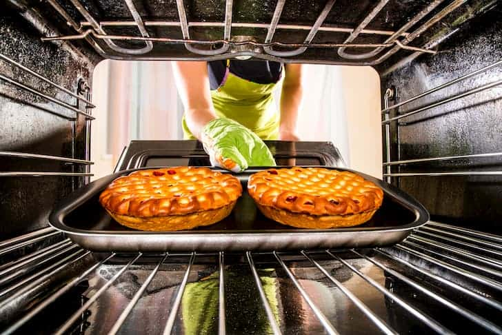 photo-cooking-in-the-oven