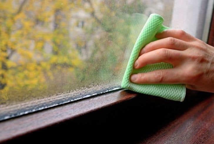 clean-windows-water