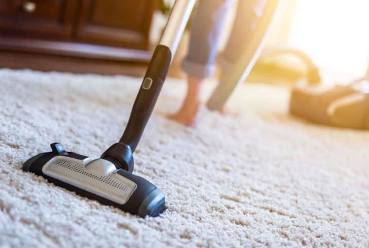 vacuum-on-carpet