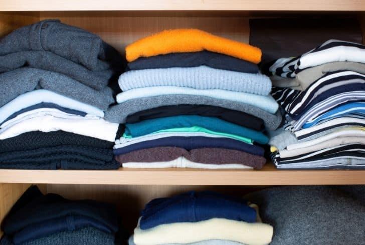 clothes-in-wardrobe