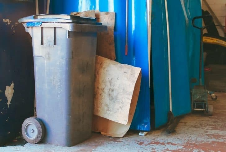 garbage-container-in-garage