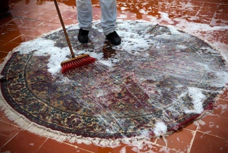washing-rugs